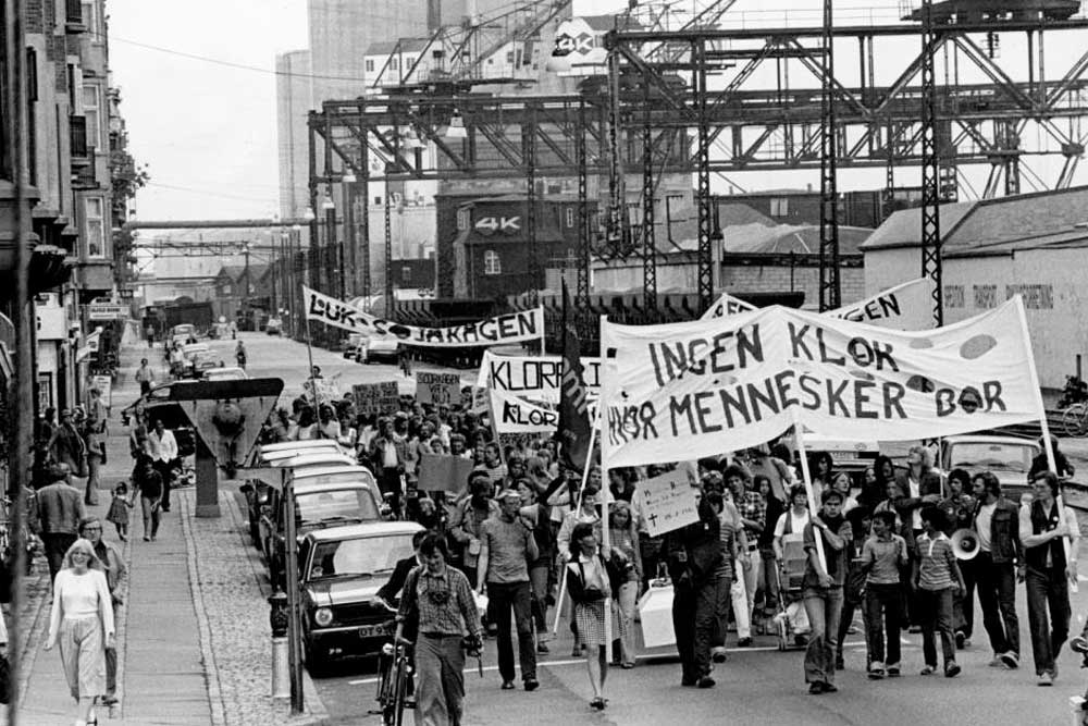 demonstration sojakage fabrikken